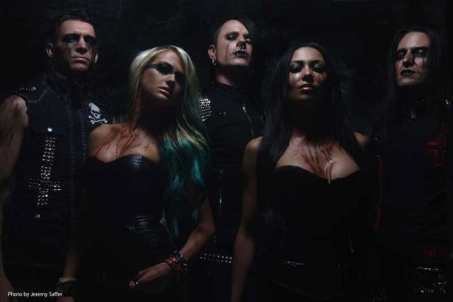 Butcher-Babies Photo 03
